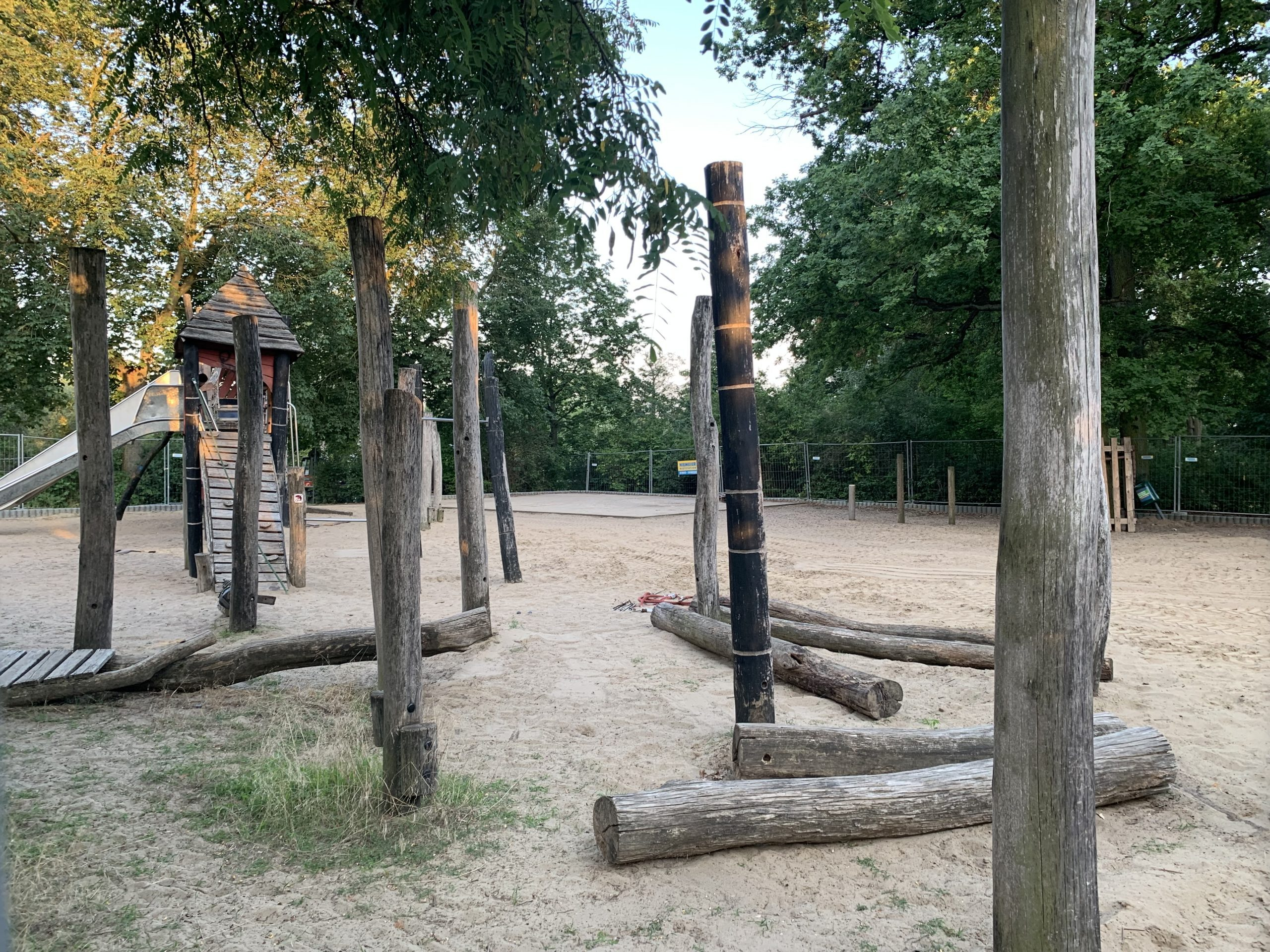 Spielplatz Genfenbergstraße
